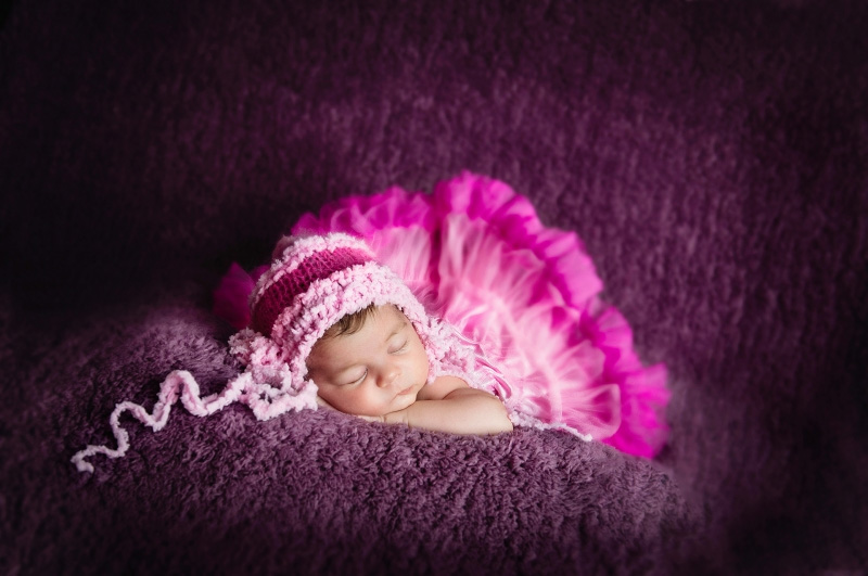 maternity-and-newborn-baby-art-photography-kent
